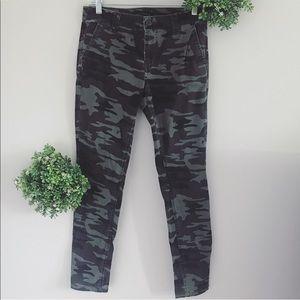 Sanctuary green camo skinny jeans size 27